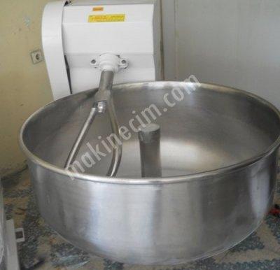 Satılık Sıfır Sıfır ve ikinci el HAMUR YOĞURMA MAKİNALARI Fiyatları  hamur yoğurma makinası, ikinci el, hamur yoğurma makinesi,fiyatları, hamur kazanı, karma, çatallı, çatal kollu, hamur yoğurma makineleri, defransiyelli