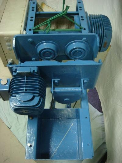 Vinçler Elekt   Demag 1200 Kg Vinç  Halatlı 5Mt.