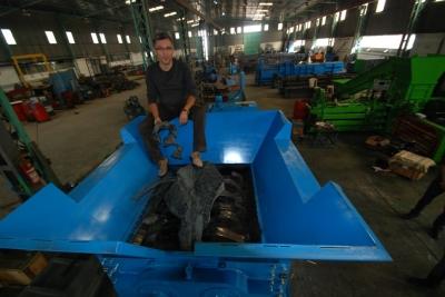 Endstriyel Parçalayıcı Metal Parçalama Makinası Parçalayıcı Parçalama Shredder Twin Shaft