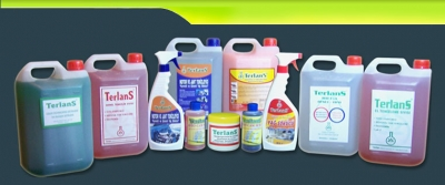 Endüstriyel Temizlik Ürünleri Ve Oto Bakım Ürünleri İçin Bizi Arayın