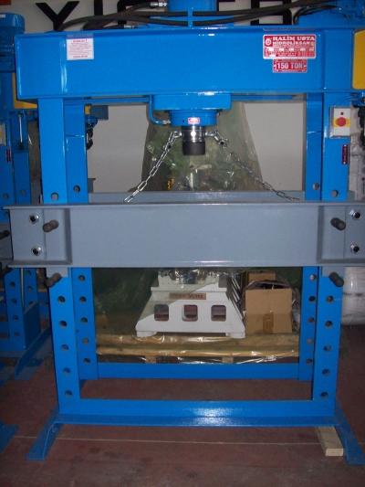 Hidrolik Pres 150 Ton Gezer Kafalı