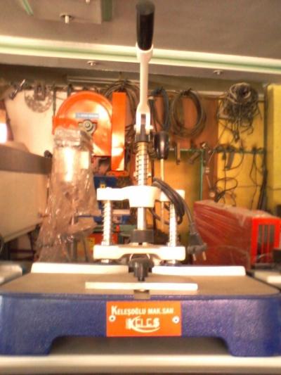 Keleşoğlu Kırlangıç Köşe Birleştirme Makinası