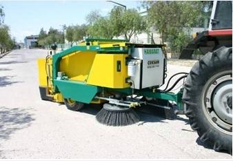 Süpürme Makinesi  Çekmeli Yol Süpürme Makinası  Yol Süpürme Makinesi