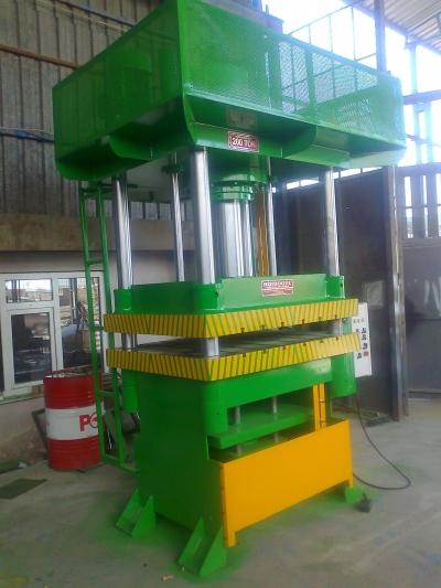 Hydraulic Press ..sıvama Presi, Ütüleme Presi,  Presi, Derin Sıvama Presi, Çift Tesirli Pre