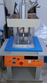 Silikon  Gofre  Baskı-Sıcak Pres-Kabartma Baskı  Makinesi==6500  Tl