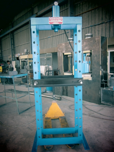 For Sale New Hydraulic Press ..custom 2 Meter, Kollu20 Ton Lever Press, 30 Ton Lever Press lever presses,motor brakes,hydraulic brakes,ball decal presses