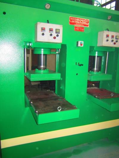 Satılık Sıfır Hydraulic Press ..HİDROGÜÇ HİDROLİK PRES  150  Ton sıcak kaucuk pres, Fiyatları Konya sıcak kaucuk presler,yeni kaucuk presler,