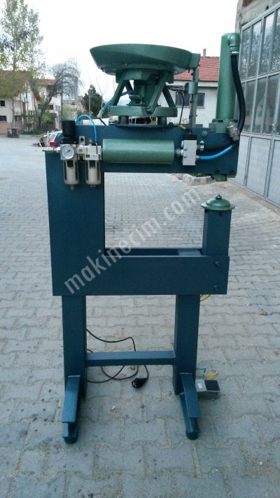 Nut Pile Driving Machine