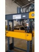 100 Ton Hydraulic Workshop Press