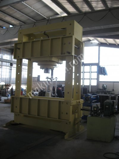 600 Ton Workshop Type Hydraulic Press