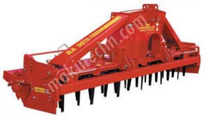 Dik Bıçaklı Toprak İşleme Makinası