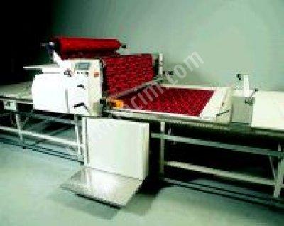Otomatik Kumaş Serim Makinesi