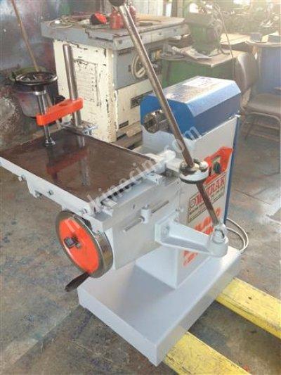 Mızrak Yatay Delik Makinası