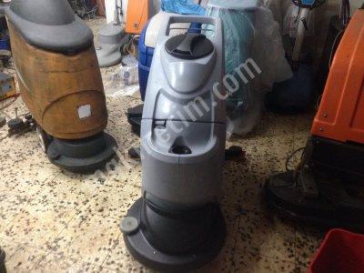 Satılık İkinci El Ipc Gansow Ct 40 B 50 Fiyatları Bursa Yeryıkama makinası,yertemizleme makinası,zemin yıkama makinası,gansow ct 40 b 50