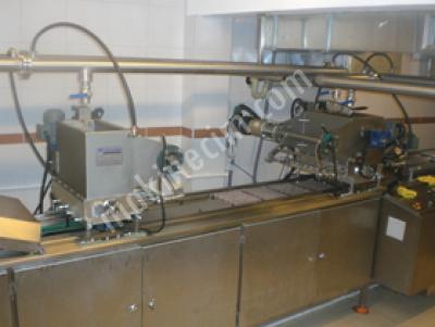 Servo Sistemli Çikolata Dolum Makinası - 10