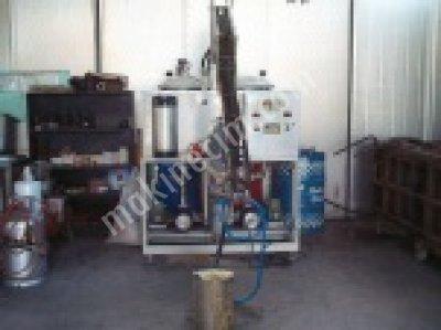 Poliüretan Enjeksiyon Döküm Makinesi