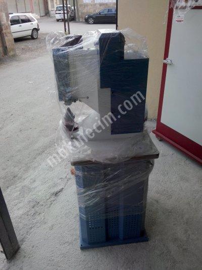 Satılık Sıfır Kapsül Makinası Fiyatları Adana kapsül makinası,kuş gözü çakma makinası,lazerli kapsül çakma makinası,akyol makina sanayi