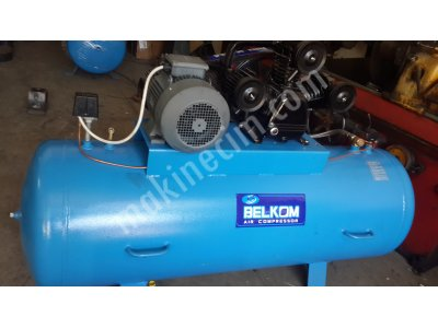Belkom B Serisi Panolu 500Lt 12Bar 3 Kafa Kompresör(3X80 Piston)