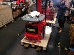 Lastik Sökme Takma Makinası  Full Otomatik Robotlu  Kırmızı 380 Volt