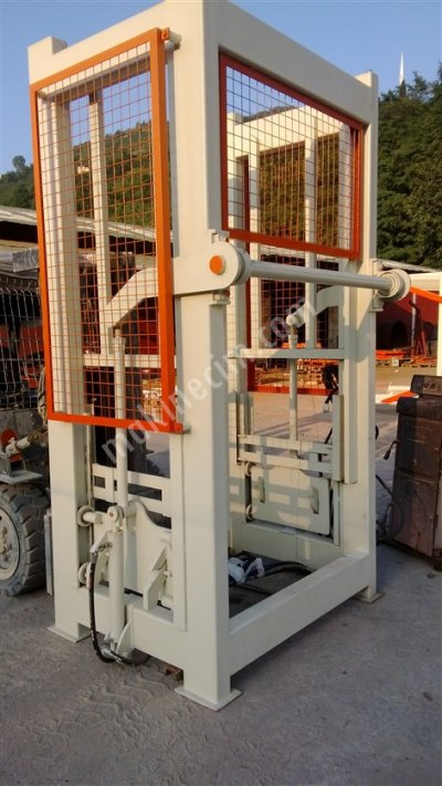 8Li Briket Makinası Mini Tesis  Yarı Otomatik Tek Kova