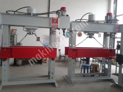 Hydraulic Press ..hidrogüç Pres Atölye Tipi Presleri