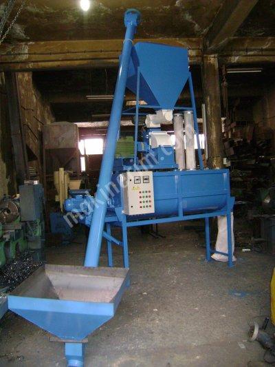 Yem Makinesi Saatte 1.5 Ton Kapasiteli