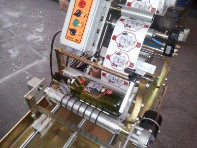Yarı Otomatik Etiketleme Makinesi