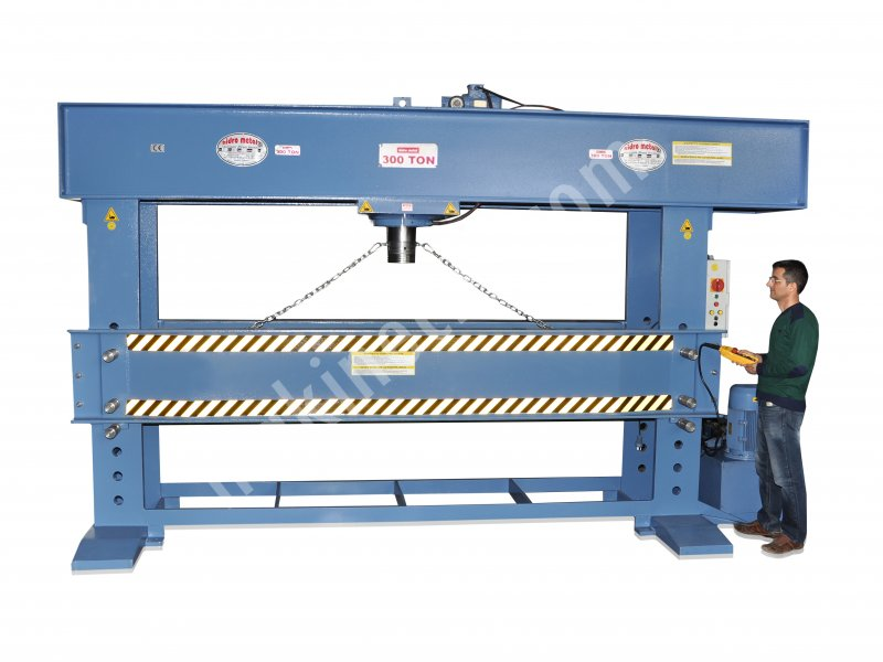 300 TONS HYDRAULIC WORK SHOP PRESS For Sale New Price : Ask For
