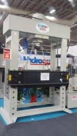 (Hydraulic Press ..hidrogüç)  300 Ton Tosyalı Holding Tayvan Şubeye Yapılan Presler