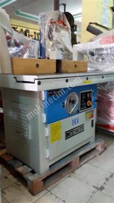 Netmak Fr 2100S Dik Freze Makinası 2012 Model