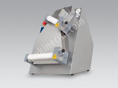 Satılık Sıfır Hamur Açma Makinası Fiyatları Konya hamur açma,hamur açma makinası,hamur açma makinesi,yufka açma makinası,yufka açma,lavaş açma makinası,lavaş açma,pizza açma makinasi,pizza hamur açma,satılık hamur açma makinası
