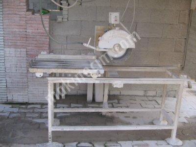Karo Süpürgeliği Kesim Makinası