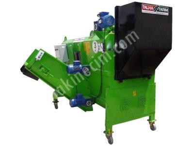 Yem Karma Makinası -Ev Elektriği İle Çalışabilen -3 M3 220/380 Volt