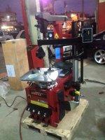 Lastik Sökme Takma Makinası  Robot Kollu