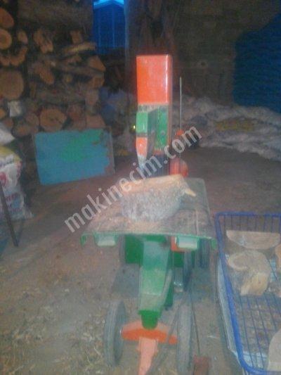 Satılık Sıfır Tomruk kırma, odun kesme presi Fiyatları Konya tomruk kırma presi,Hidrolik odun kırma presi,hidrolik odun kırma makinesi, kütük kırma makinesi