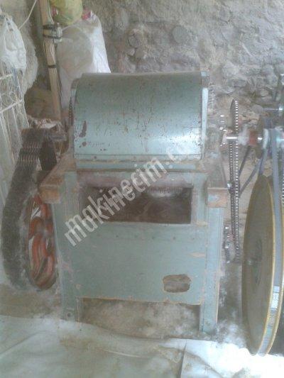 Yorgancı Hallaç Makinası  Pamuk Atma Motoru yün Pamuk Kabartma Makinası