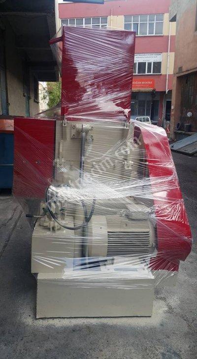 60Lık Kırma Makinası Havale Malzeme İçin Tasarlanmış Çok Temiz