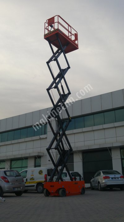 Satılık Sıfır AKÜLÜ MAKASLI PLATFORM -MSF-S12 Fiyatları Konya manlift,makaslı platform,platform,12m platform,10m platform,akülü platform,otomatik platform