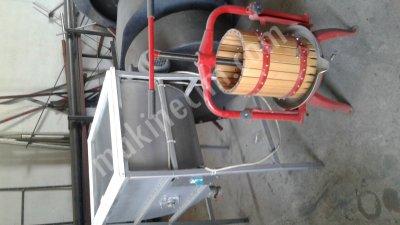 Üzüm Ve Meyve Pres (Sıkma) Makinesi - 30 Lt (Demir Tabanlı)