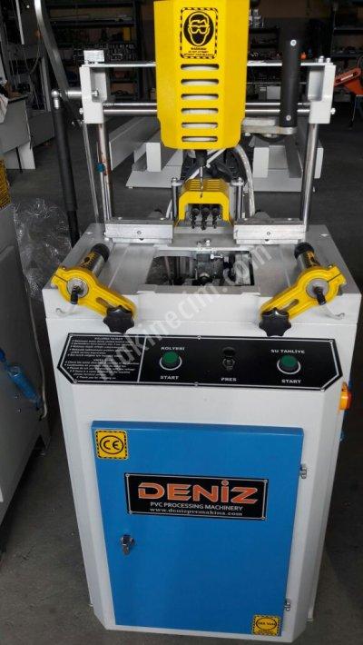 Üçlü Kolyeri Delme Freze Makinası Su Tahliyeli