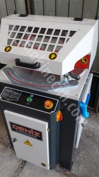 Otomatik Alttan Çıkma Kesim Makinası