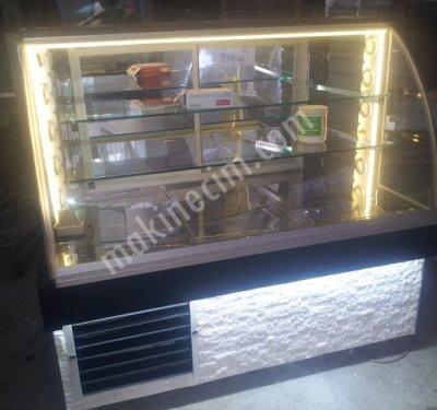 Satılık Sıfır Dst - Vitrinli Soğutucu Dolap / Tatlı Meze Teşhir Dolabı- 130cm Fiyatları İstanbul vitrinli soğuk dolap,soğutucu dolap fiyatları,kebap dolabı fiyat,kebap teşhir dolabı,tatlı vitrini,tatlı pasta vitrinleri,mini tatlı dolabı,meze soğutucu dolaplar