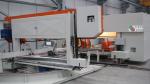 Máquina automática de perfuração e corte de perfis