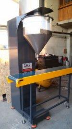 Yarı Otomatik Vidalı Paketleme Makinası