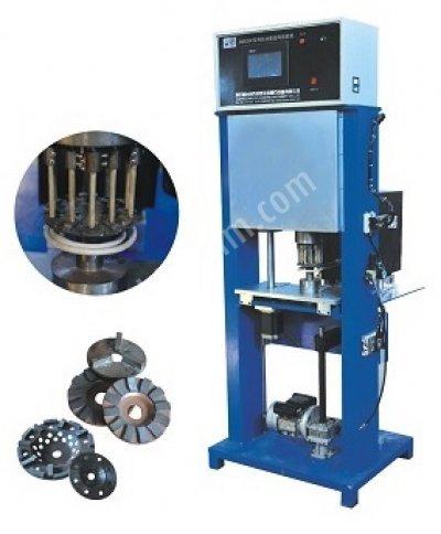Yarı Otomatik Mermer Granit Parlatma Diski İndüksiyonla Elmas Kaynak Makinası