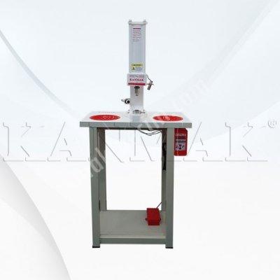 Satılık Sıfır Rivet Çakma Makinası Km 400 R Fiyatları İstanbul aksesuar çakma makinası,çıt çıt makinası,elektrikli pres,rivet çakma makinası etiketler: çıt çıt çakma makinası,çıt çıt makinası,düğme çakma makinası