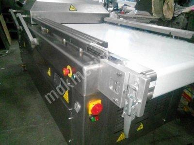 Konveyörlü Otomatik Vakum Makinası