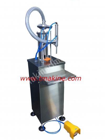 Satılık Sıfır Yarı Otomatik Dolum Makinesi Fiyatları İstanbul dolum makinesi,dolum makinası,otomatik dolum makinesi,sıvı dolum makinesi,etiketleme makinesi