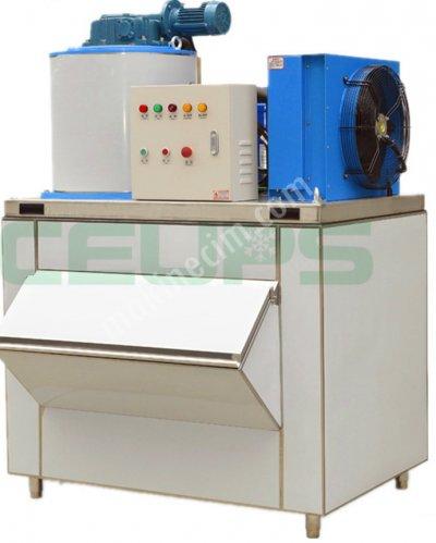 Satılık Sıfır Yaprak Buz Makinası 500 Kg / 24 Saat Fiyatları İstanbul küçük yaprak buz makinesi,küçük boy yaprak buz makinesi,yaprak buz nasıl yapılır,yaprak buz nasıl üretilir,buz nasıl üretilir,verimli yaprak buz makinesi,sessiz yaprak buz makinası