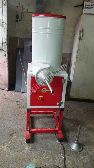 Satılık 2. El Boncuk Elyaf Mont Dolum Fiyatları Adana Mont dolumu , boncuk elyaf dolumu , şişme mont dolum , şişme yelek dolum , elyaf dolum makinası